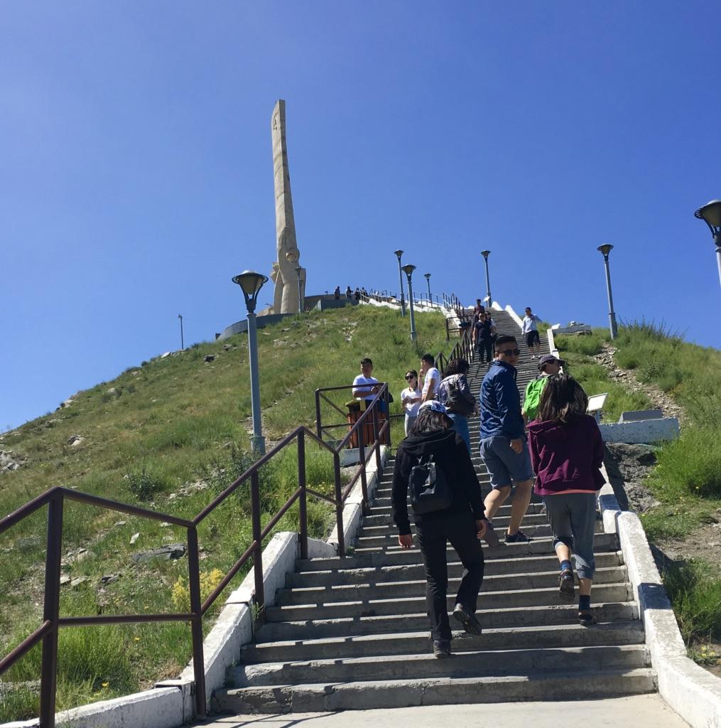 Dsaisan-Gedenkstätte, Mongolei Reisen, Meine Mongolei, Mongolei Reise, Meine Mongolei, Mongolei Reisegruppe, Mongolei Reisen mit Pferd, geführte Reise Mongolei, Abschalten, Erholen, Abenteuer, Außergewöhnliche Reisen