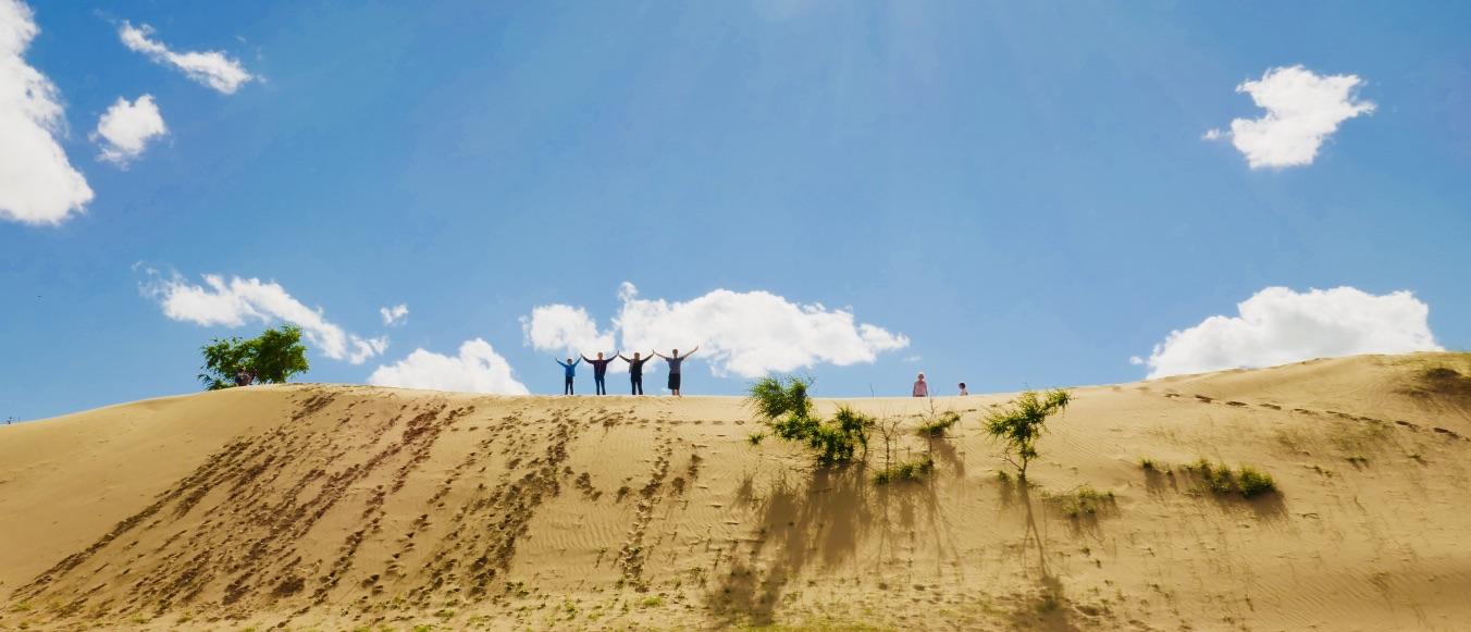 Auf den Sanddünen, Mongolei Reise bei Meine Mongolei