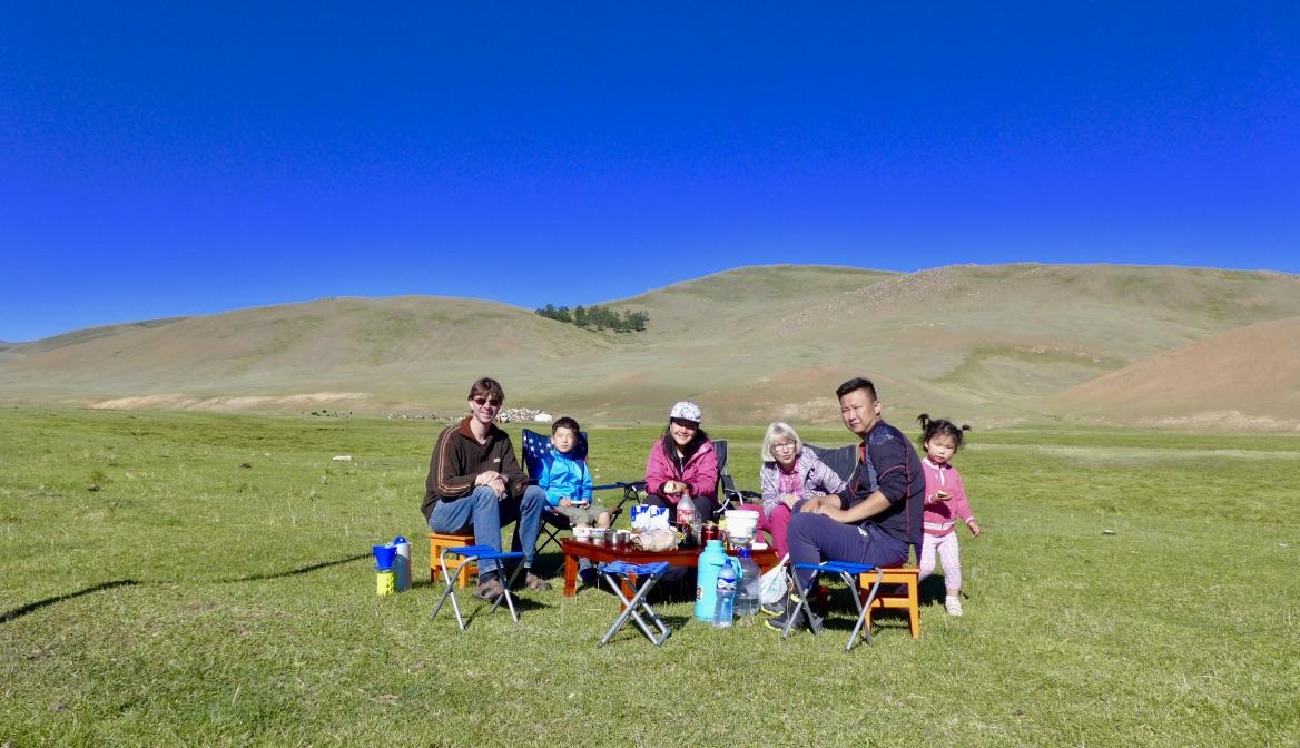 Mongolei Reise, Meine Mongolei, Mongolei Reisegruppe, Mongolei Reisen mit Pferd, geführte Reise Mongolei, Abschalten, Erholen, Abenteuer, Außergewöhnliche Reisen, Mongolei Rundreise, Wandern, Erlebnisreise, Abenteuerreise