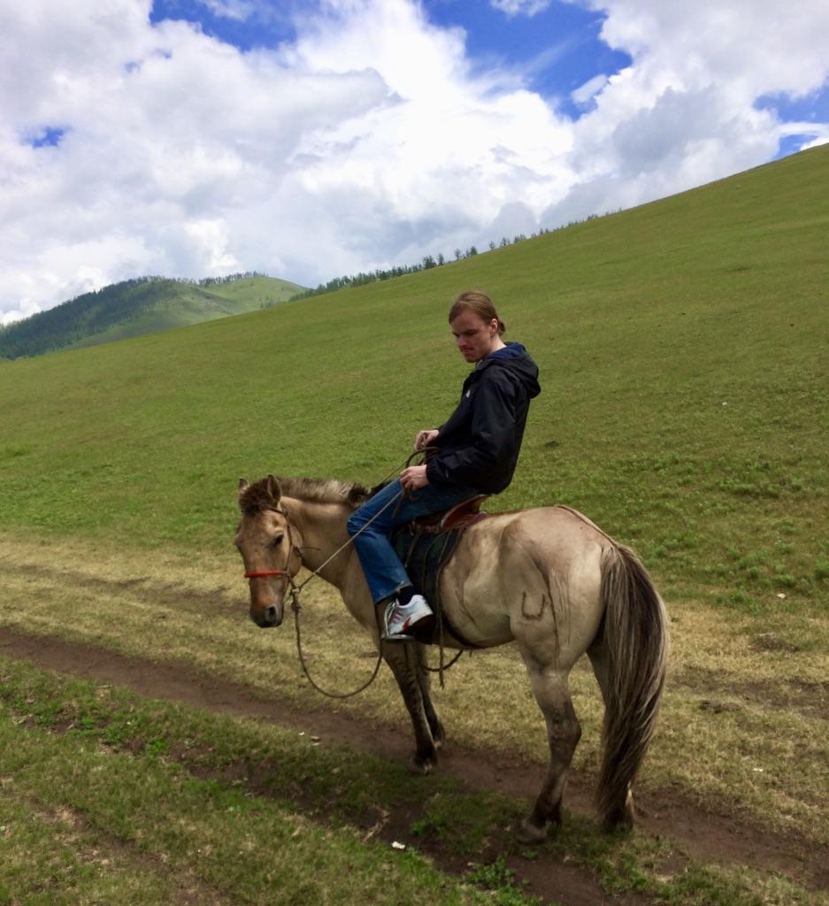 Ausreiten mit dem Pferd, Mongolei Reise, Meine Mongolei, Mongolei Reisegruppe, Mongolei Reisen mit Pferd, geführte Reise Mongolei, Abschalten, Erholen, Abenteuer, Außergewöhnliche Reisen